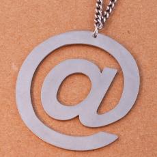 Ocelový náhrdelník - Online