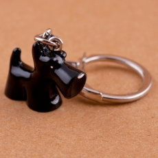Klíčenka 3D -  Knírač černý